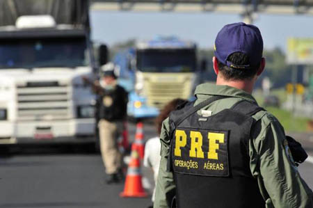 Polícia Rodoviária Federal espera aval para realizar concurso público ainda este ano