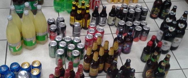 Fiscalização encontra mais de 2,5 mil unidades de bebidas com data de validade vencida