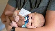 Mães menores de idade e pais solteiros receberão auxílio emergencial