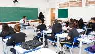 Governo do Paraná autoriza volta das aulas presenciais no estado