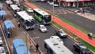 Novo decreto determina suspensão de transporte coletivo aos finais de semana e multa por aglomeração