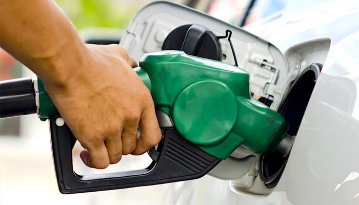 Pesquisa aponta variação de 10,64 % no preço da gasolina comum