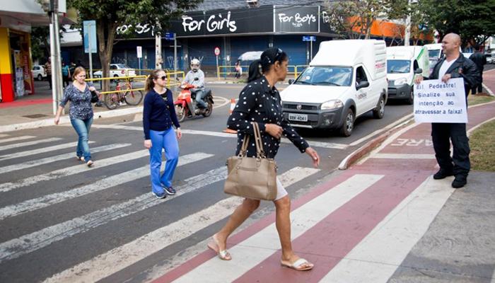 Imprudência de pedestres é uma das principais causas de acidentes fatais