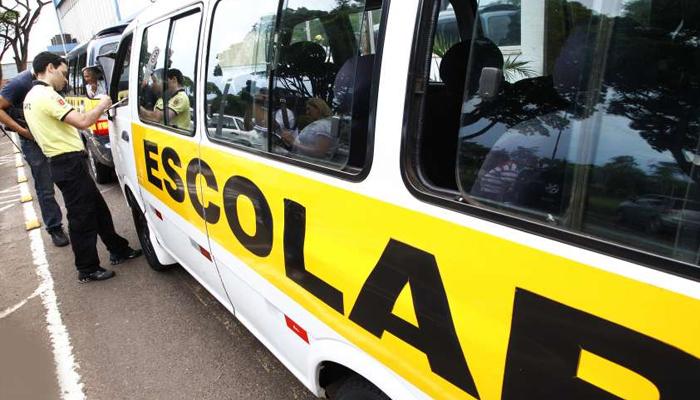 Prefeitura realiza vistoria na frota de transporte escolar