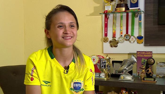 Jogadora de futsal eleita cinco vezes a melhor do mundo está em Maringá