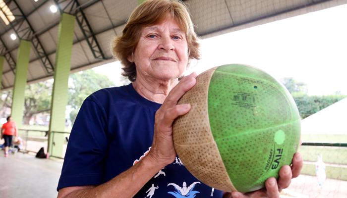 Campeonatos nos Centros Esportivos de Maringá celebram o Mês do Idoso