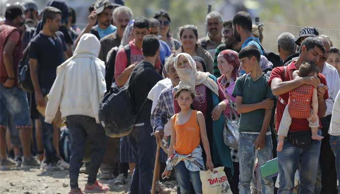 Famílias venezuelanas chegam à Maringá e doações estão sendo arrecadadas