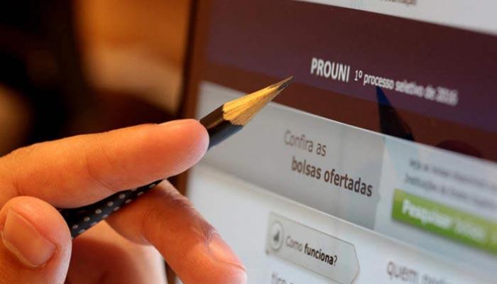 Inscrições para o ProUni são suspensas e não têm nova data divulgada