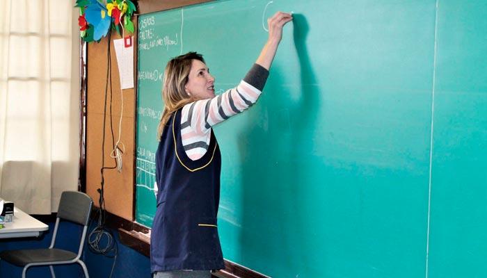 Mulheres são maioria na educação paranaense