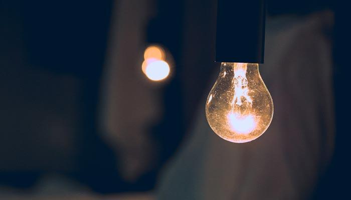 Pequenos e médias empresas podem conseguir desconto na conta de luz