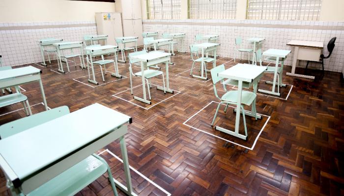 Educação apresenta protocolos para a volta às aulas em Maringá