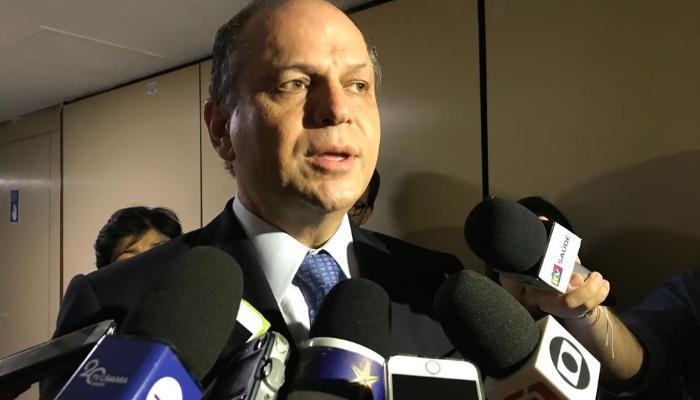 Ministério Público do Paraná cumpre mandado de busca e apreensão em escritório de Ricardo Barros