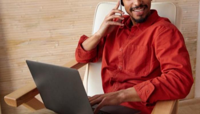 Veja dicas de como se sair bem em uma entrevista por telefone