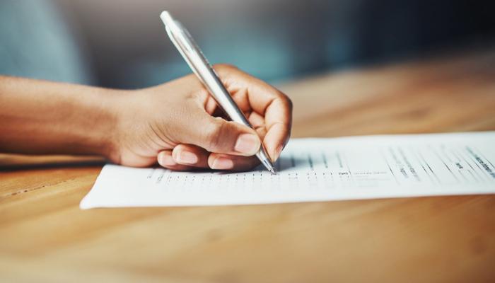 UEM abre processo seletivo para contratar profissionais da saúde