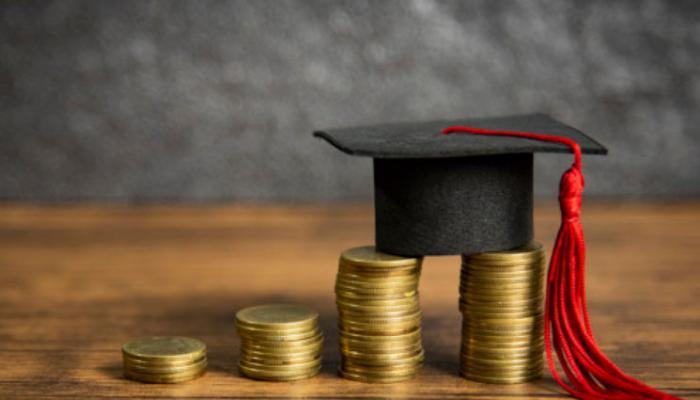 Estudantes de Medicina em vulnerabilidade socioeconômica podem concorrer a bolsa de estudos