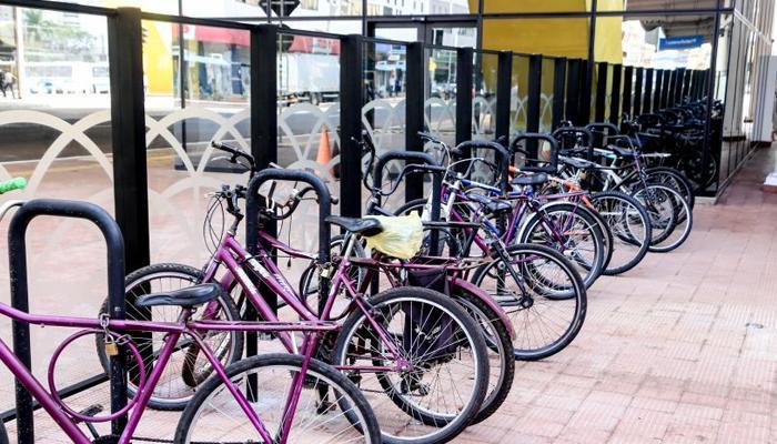 Bicicletários valorizam transporte alternativo e segurança