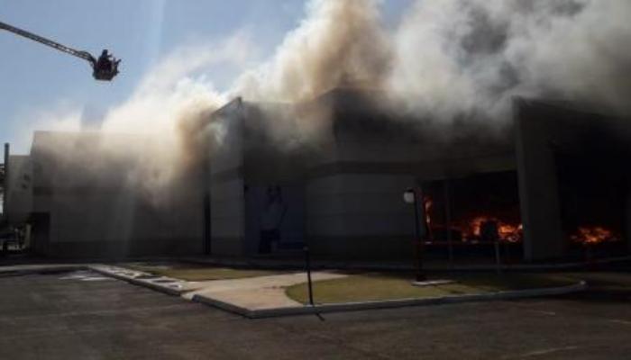 Incêndio em shopping atacadista de Maringá foi causado por problemas na rede elétrica