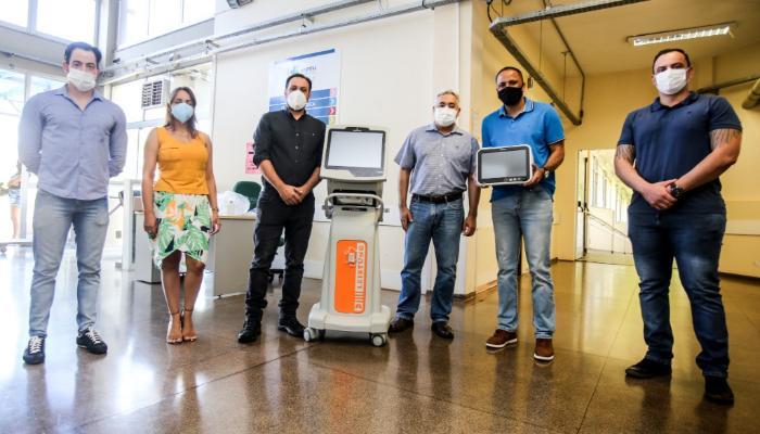 Maringá recebe sete respiradores e dez monitores cardíacos para UTIs da Covid-19