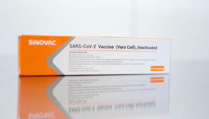 CoronaVac induz rápida resposta imune, mostra estudo