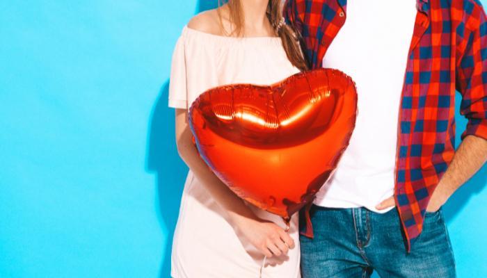 Pandemia de coronavírus afeta troca de presentes no Dia dos Namorados
