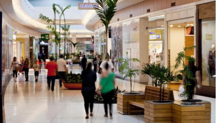 Com quase 2 mil demissões, shoppings de Maringá podem fazer novos cortes