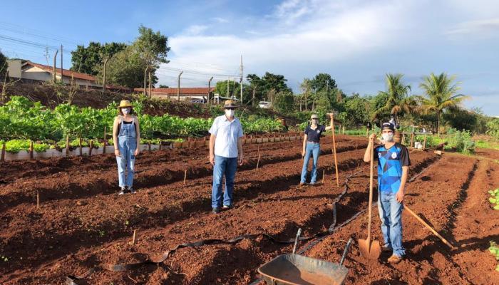 DAG/UEM segue orientando pequenos agricultores de forma virtual
