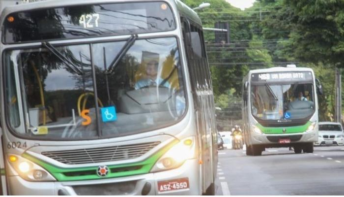 Motoristas da TCCC seguem em greve nesta terça-feira (9)