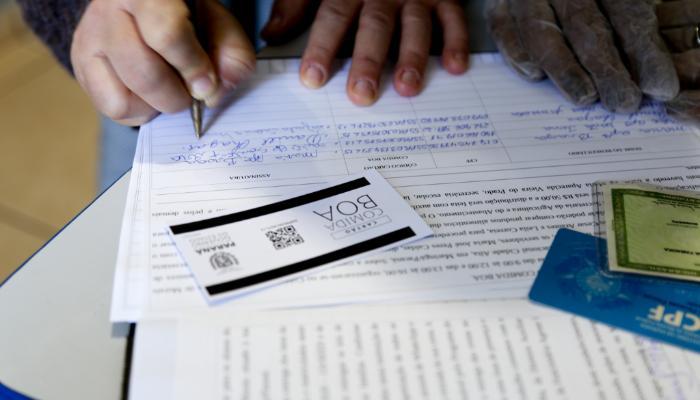 Pessoas sem Cadastro Único já podem receber o cartão 'Comida Boa'