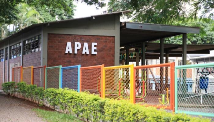 Governo do Paraná amplia convênio com escolas de educação especial
