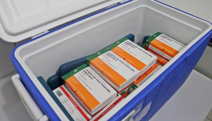Sarandi recebe 714 doses da CoronaVac e inicia vacinação nesta quarta-feira (20)